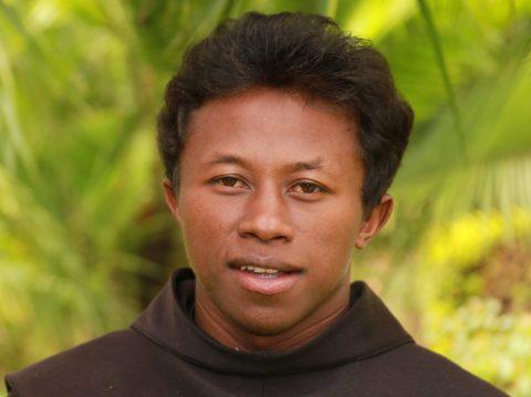 Seminarian Jaques r.