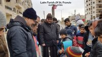 Franciscan in Syria, feeding the poor in Syria, feeding the poor, children in Syria,