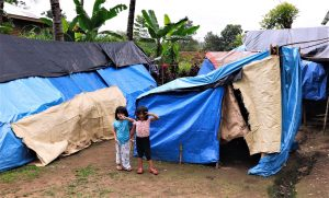 Temporary-shelters-for-earthquake-victims