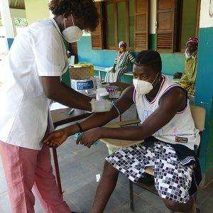 Cumura-Hospital-Nurse-prepares-patient-for-blood-draw