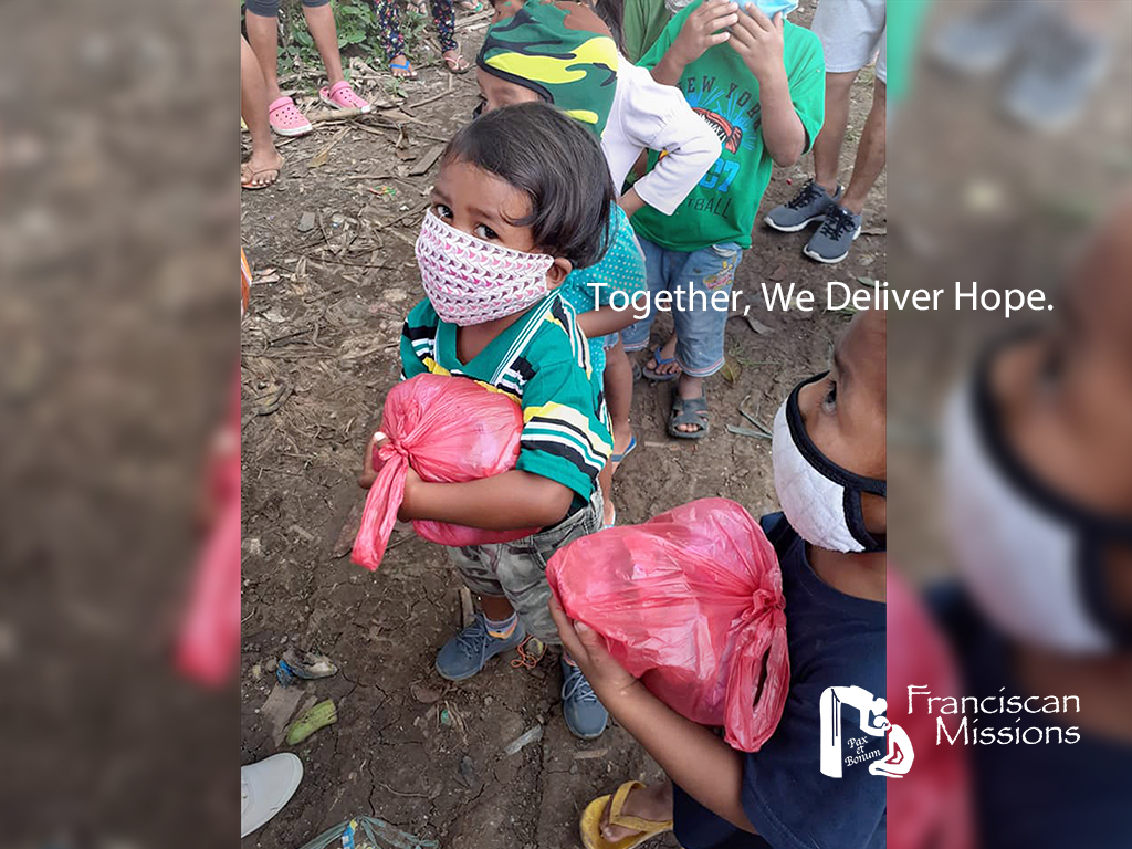 Franciscan Missions, Food, emergency relief, Philippines,